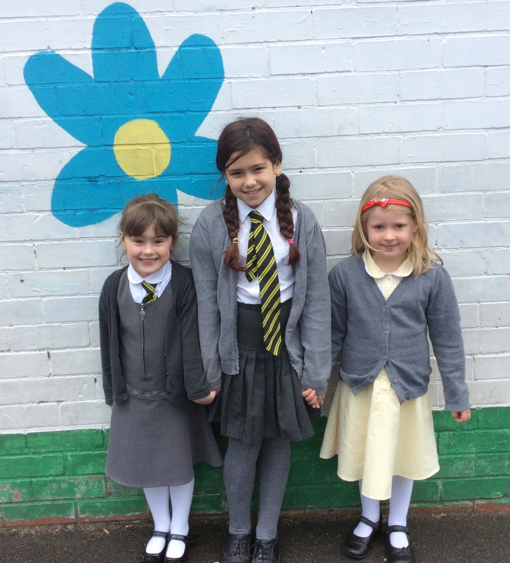 Scarlett (P1), Hannah (P1)and Claire (P5)