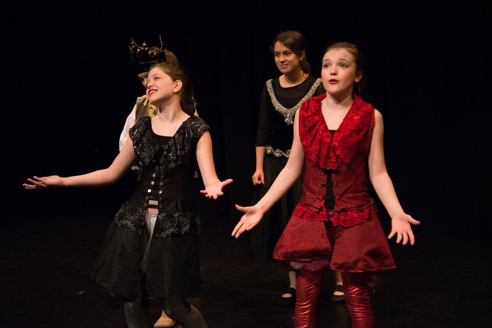 SATURDAY: MUSICAL THEATER PERFORMANCE - Perform a full musical in a professional theater! Character building, vocal performance, and movement are all incorporated. Our productions and training are of the highest quality… And so is the fun! Space is limited to ensure that every child has a chance to grow and shine, so register early for this special class.Saturday | 2-5pm | Grades 3-8 | $1450Payment plans available, please email info@playonstudios.com for detailsSEE MORE PHOTOS!