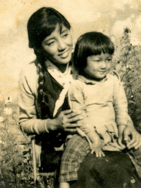 Khandro Rinpoche with her mother Sangyum Kusho