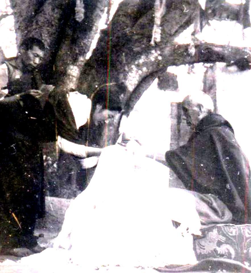 Khandro Tsering Chödrön offering a scarf to Jamyang Khyentse Chökyi Lodrö in Tibet