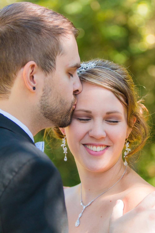 Aaron-Laura-Seattle-Wedding-Photography-414.jpg