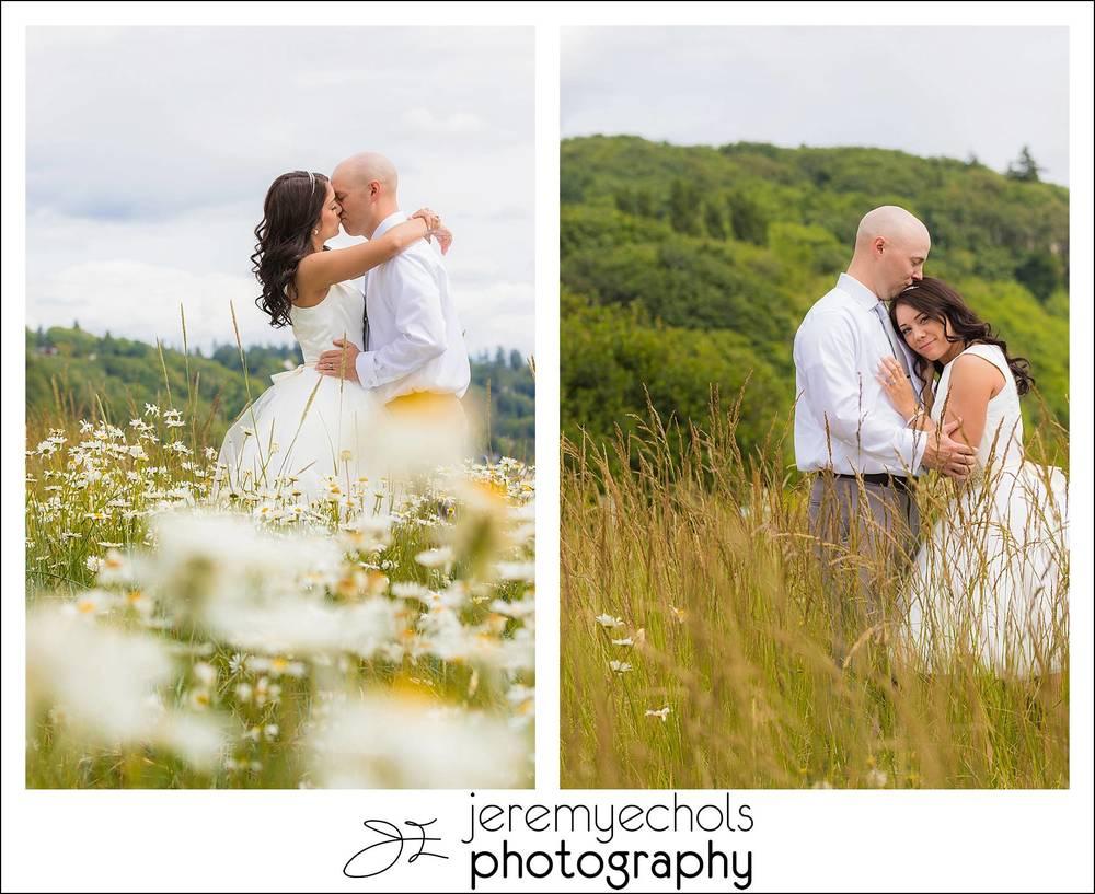 Drew-Erica-Discovery-Park-Wedding-0169_WEB.jpg