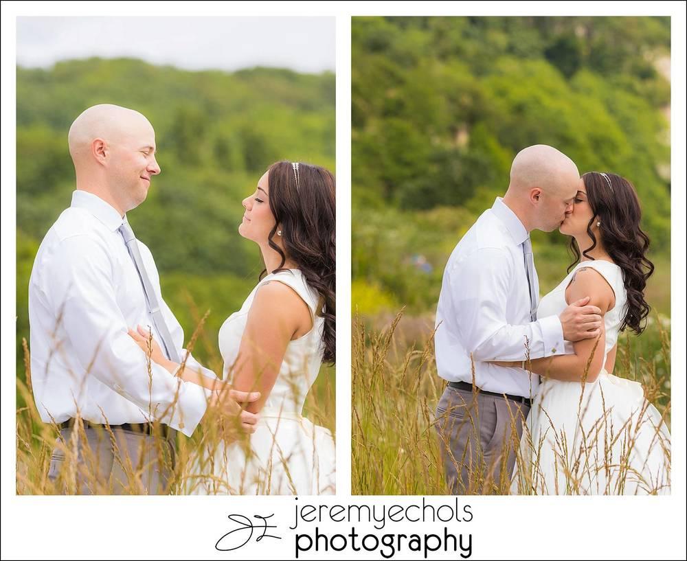 Drew-Erica-Discovery-Park-Wedding-0183_WEB.jpg