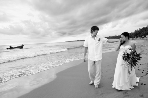 bride-groom-wedding-playa-cocles-puerto-viejo-costa-rica-249-495x329.jpg