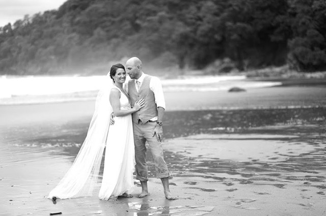 real-costa-rica-wedding-jennifer-harter-manuel-antonio-wedding-18.jpg