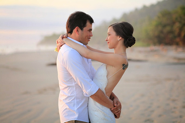 santa-teresa-costa-rica-wedding-by-jennifer-harter-photographer-15.jpg