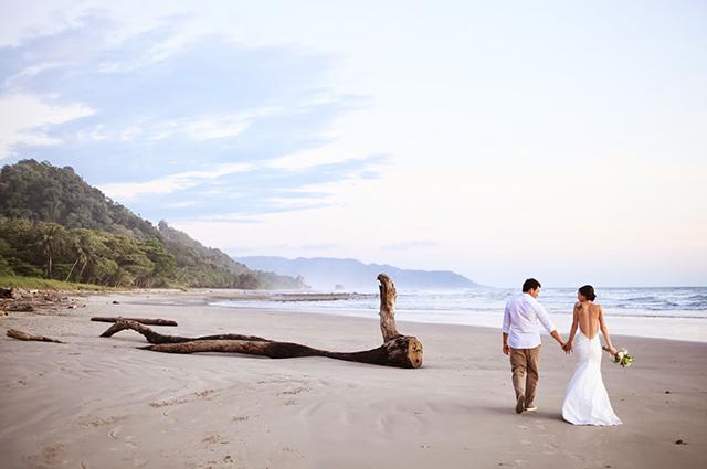 santa-teresa-costa-rica-wedding-by-jennifer-harter-photographer-18.jpg