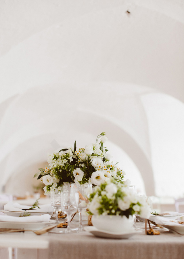 destination-wedding-inspiration-italy-styled-shoot-les-amis-photo-13.jpg