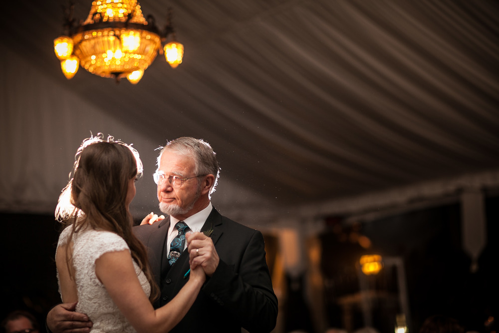 00376_20141101180111_San_Francisco_Wedding_Photographer_Sees_The_Day.jpg