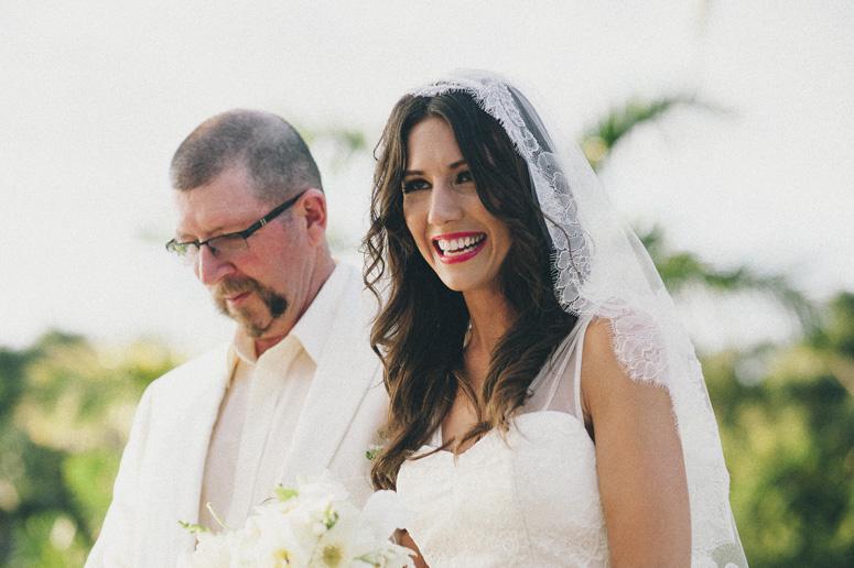 manuel-antonio-wedding-05.jpg
