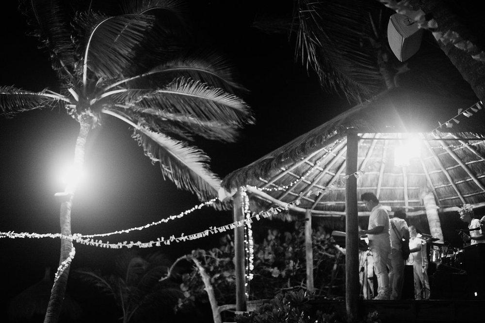 tulum-mexico-wedding-photographer-32.jpg