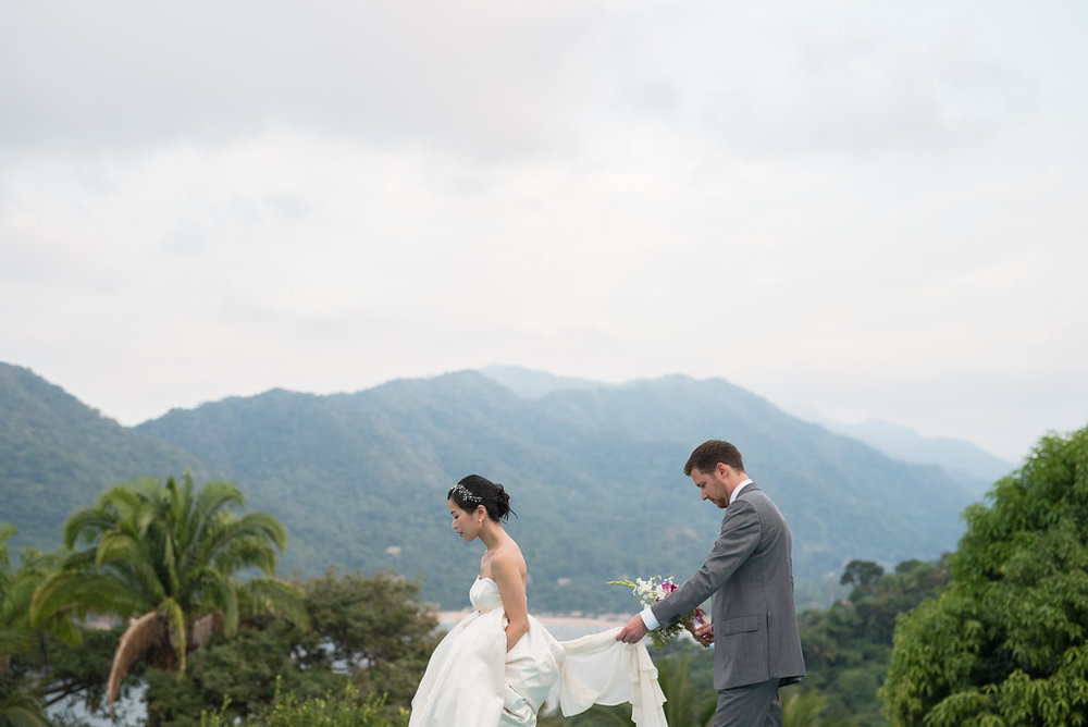 yelapa-mexico-wedding-photographer-27.jpg