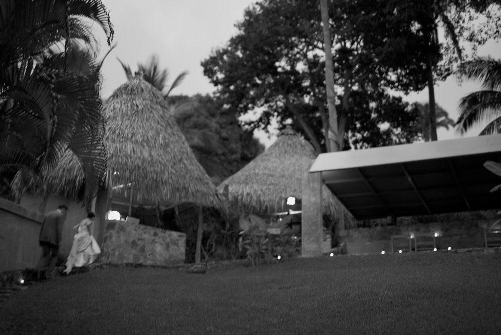 yelapa-mexico-wedding-photographer-34.jpg