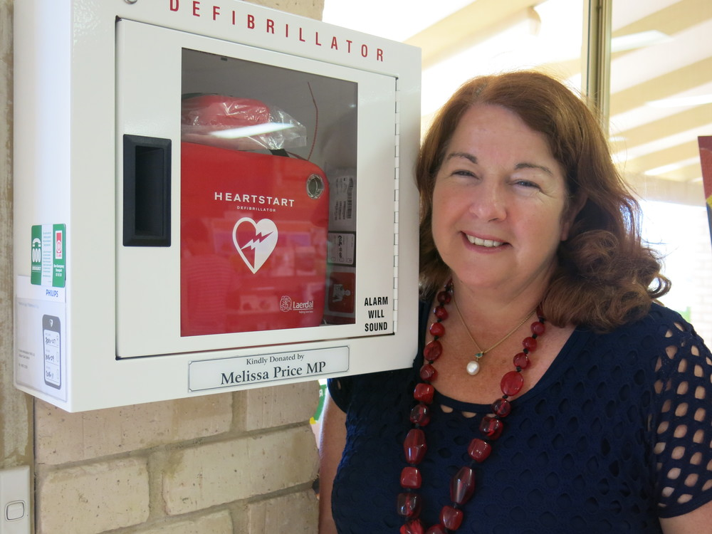 Melissa Price - Member for Durack with donated defibrillator - Kalbarri
