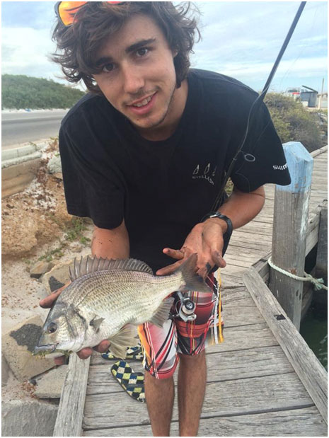 DREW WITH A THUMPER OF A BREAM CAUGHT ON A ECOODA LIVE SHRIMP