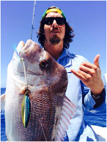 CRAIGO WITH A HONKER SNAPPER ON THE IFORMUS ABROLHOS ALL-ROUNDER