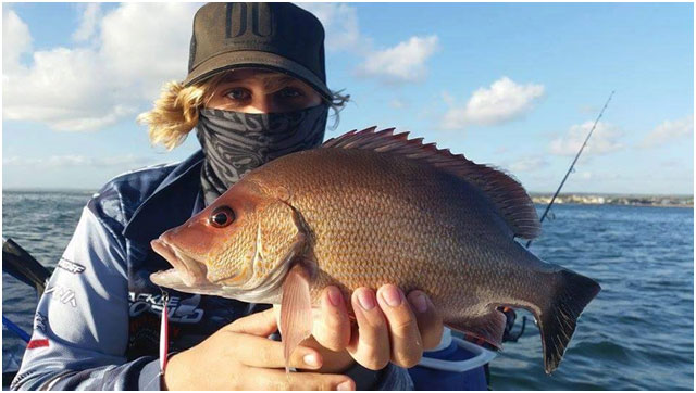 TACKLEWORLD JUNOR PRO ANGLER GOT THIS IMPRESSIVE DARK TAIL SNAPPER ON THE CALTIVA 4.5GM MICRO