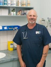 Dr Richard Aplin – Associate Vet