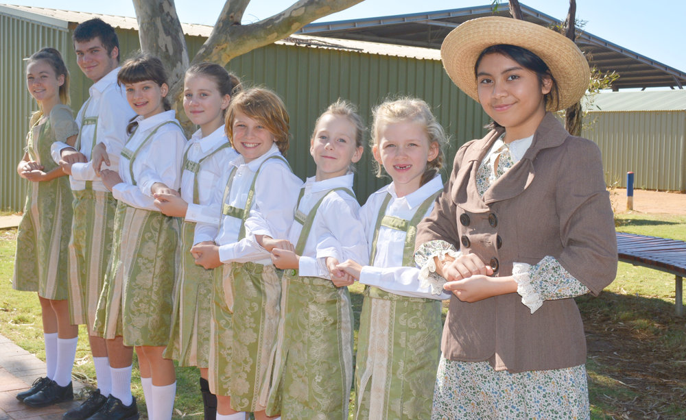 Cast of the Sound of Music – Von Trapp Children and Maria   Glencyl Ampoon (Maria), Asha Serman (Leisl), Peter Davies (Friedrich), Carissa Davies (Louisa), Ella Lamb (Brigritta), Toby Jensen (Kurt), Hazel Lamb (Marta), Amelie Horstman (Gretl)