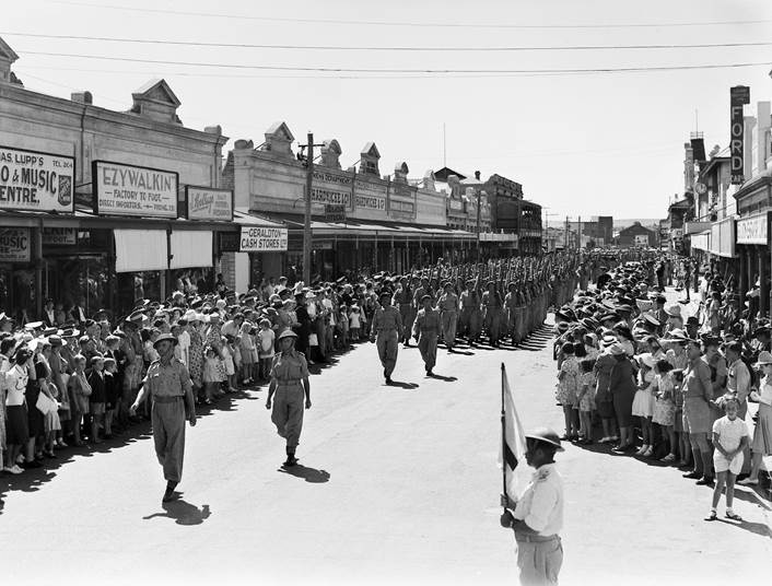 The War Years Drive Trail booklet is now available from the Geraldton Regional Library and includes old photos of Geraldton like the above and more much.