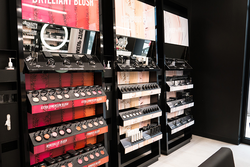 the_wieland_initiative_mac_cosmetics_new_store_format_in_store2.jpg