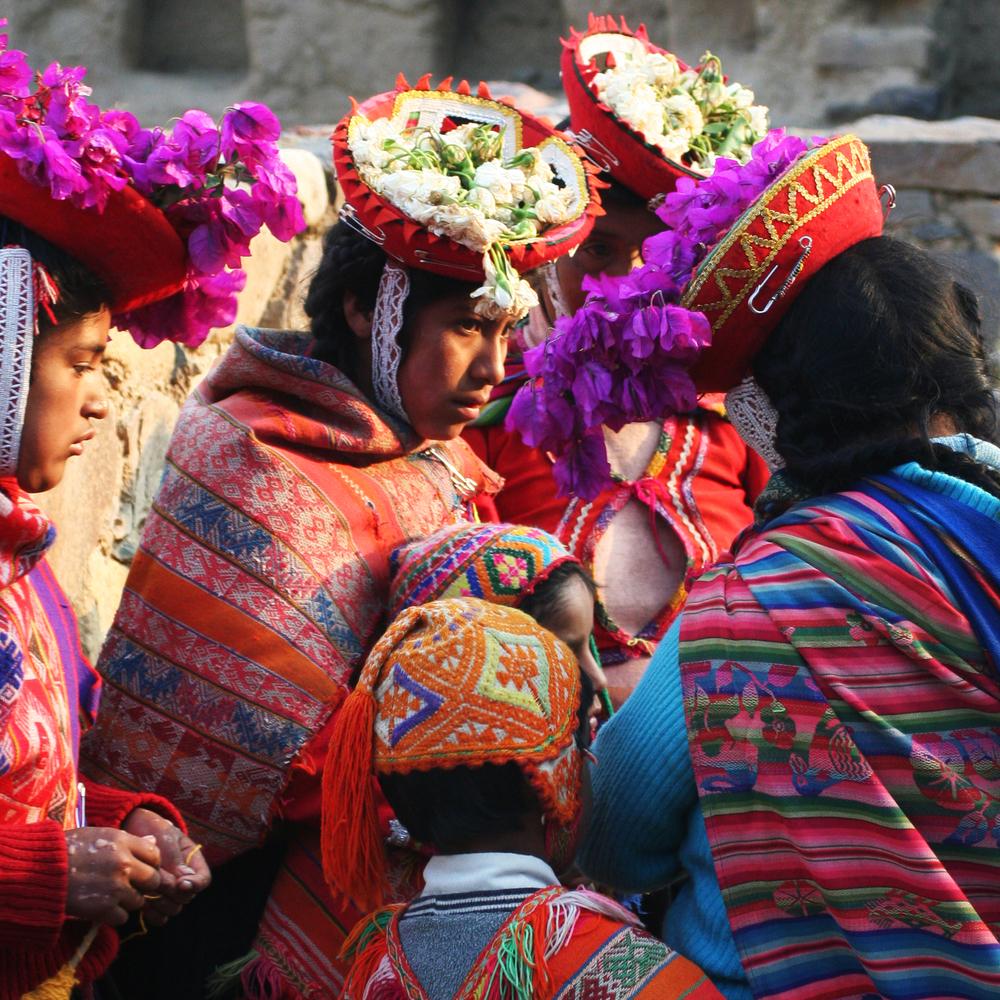 Peru-ladies.jpg