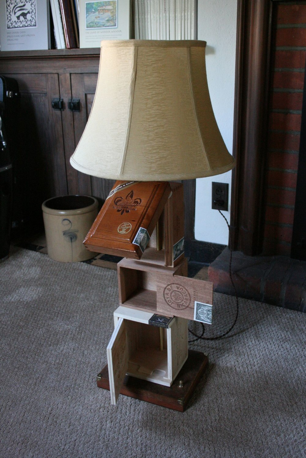 Cigar Box Lamp 5