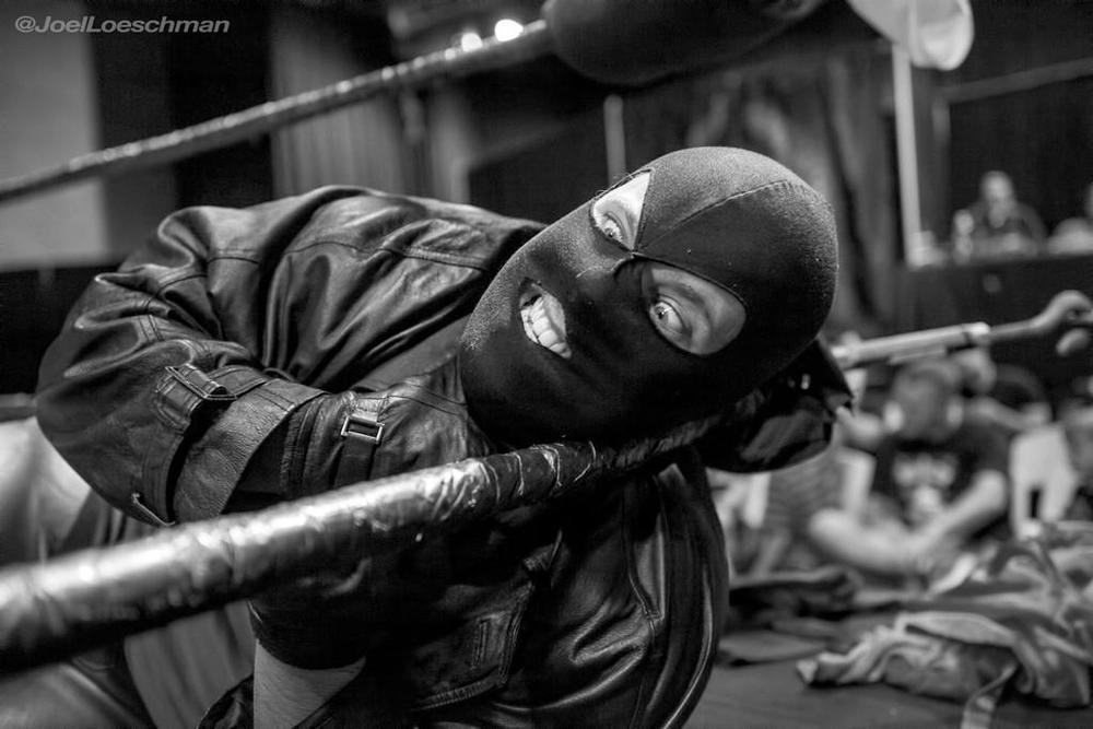 The Hollywood Strangler helps ensure a victory for his team The Hooded Menace. Photo by Joel Loeschman.