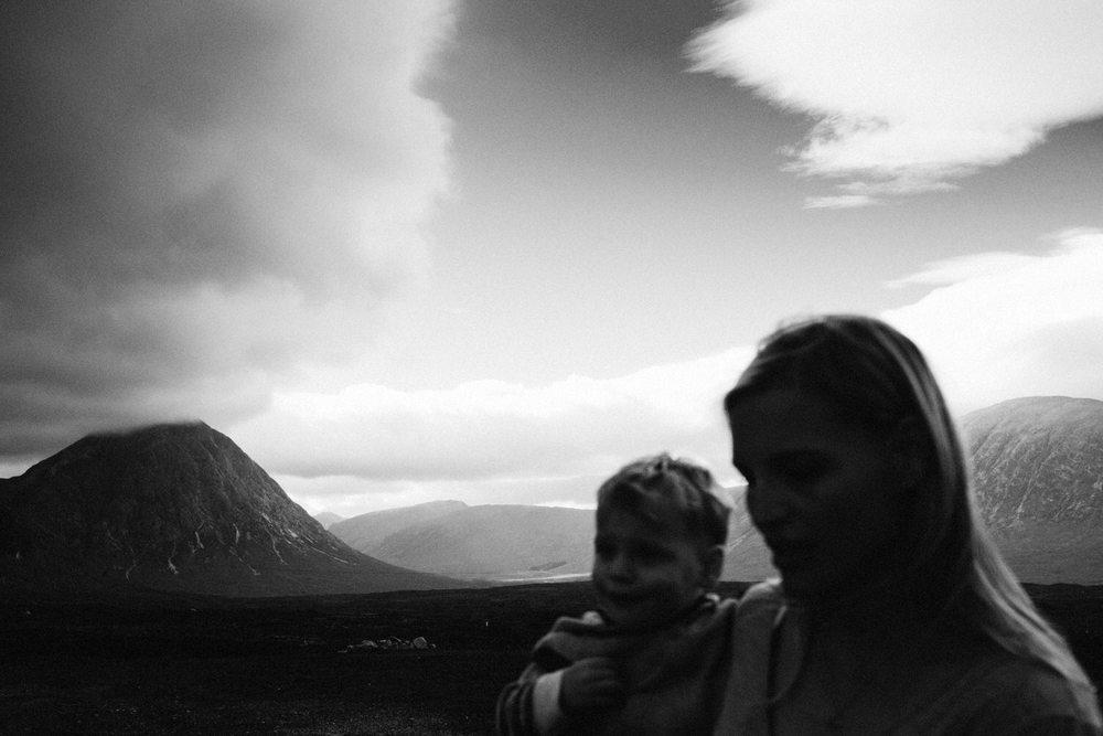 Alternative lifestyle family photography by Scottish based photographer, Harper Scott.