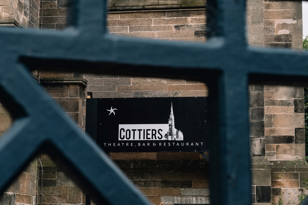 Cottiers Glasgow sign