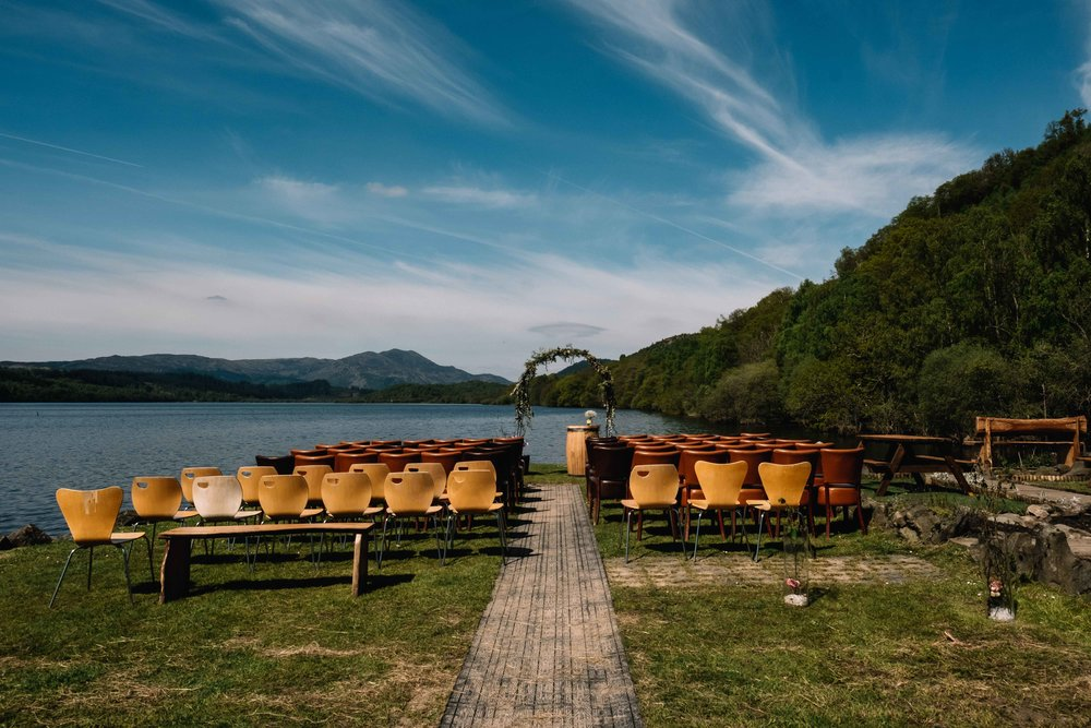 Outdoor seating at Venachar Lochside