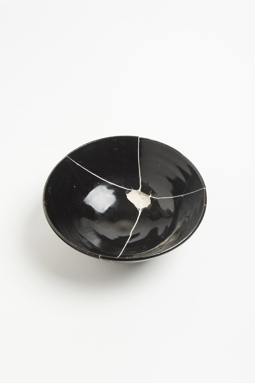 black-fracture-series-bowl-romy-northover-ceramics-the-garnered-62.jpg