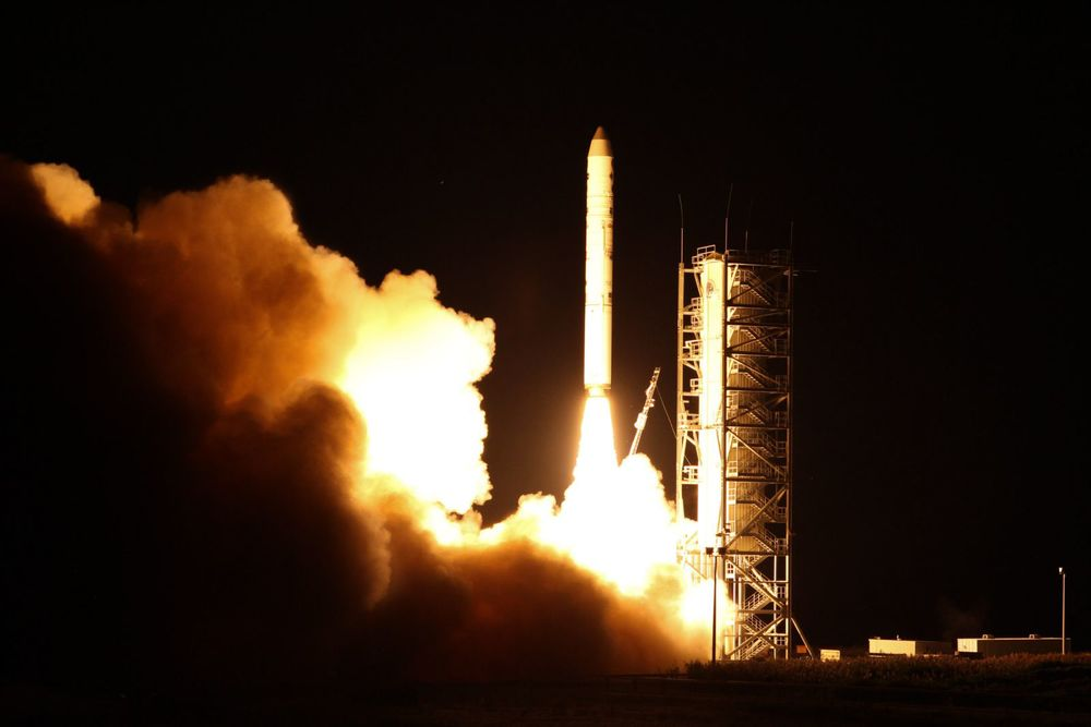 LADEE launched successfully last night, but has encountered minor trouble since then.  (Image credit: NASA /Chris Perry)