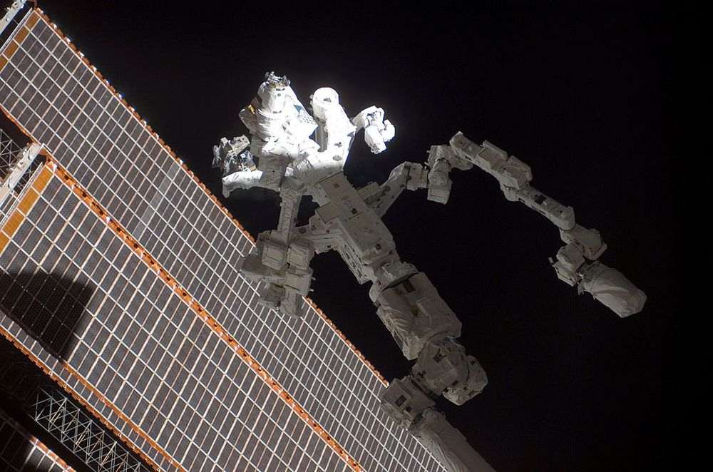 Dextre mounted on the Canadarm 2.  (Image credit: NASA)