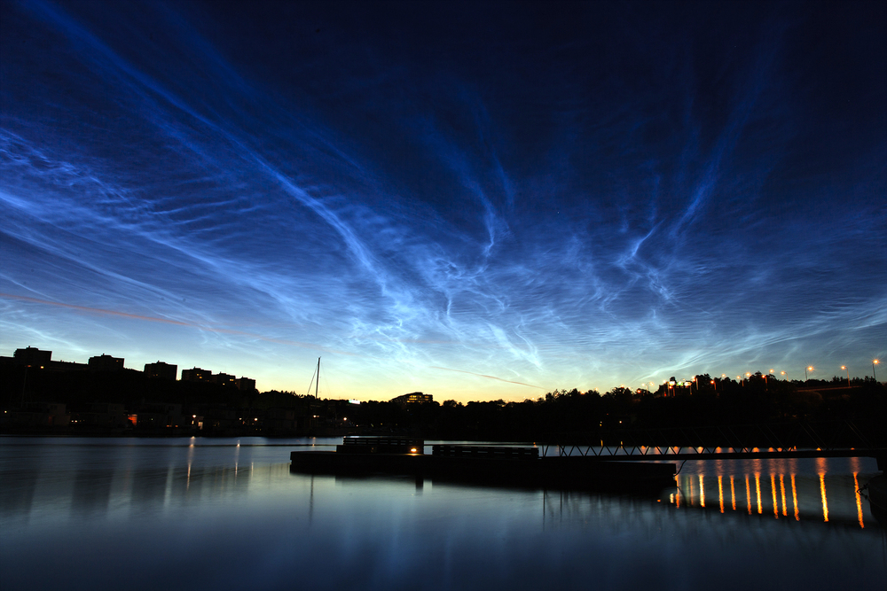 "(Image credit:  ""Noctilucent clouds over Stockholm"" by Kevin Cho (Kee Pil Cho) - Own work .)"