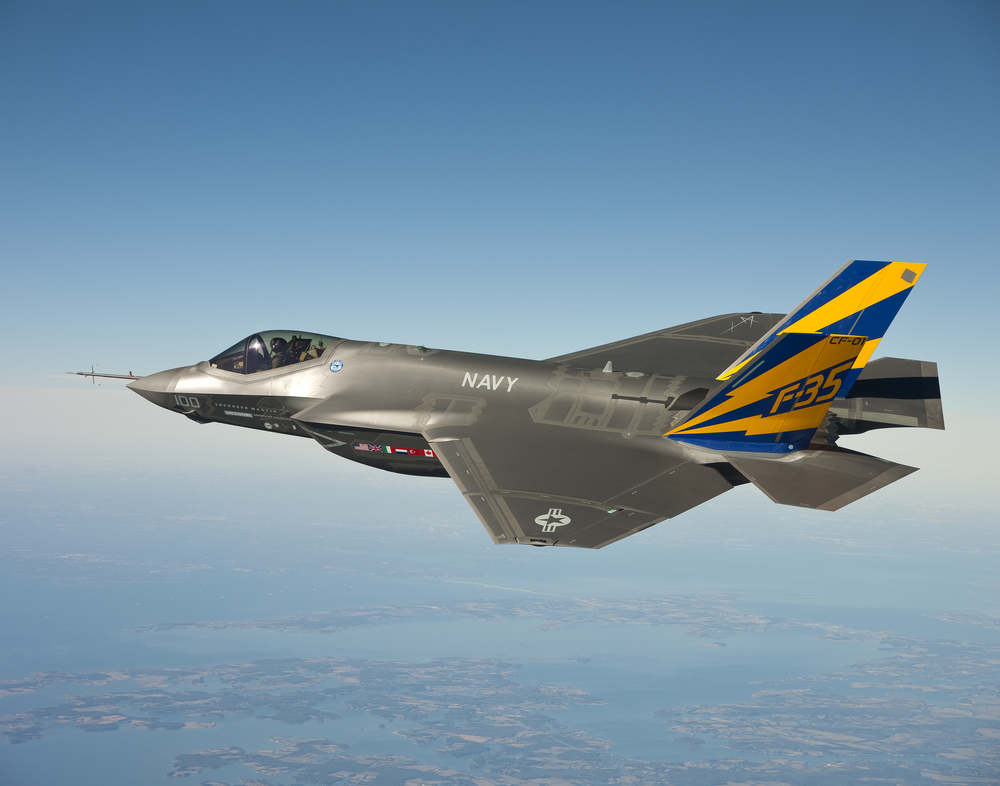 "Here it is. The weapon that is more expensive than the NSF's budget.   (Image credit :  ""CF-1 flight test"" by Andy Wolfe)"