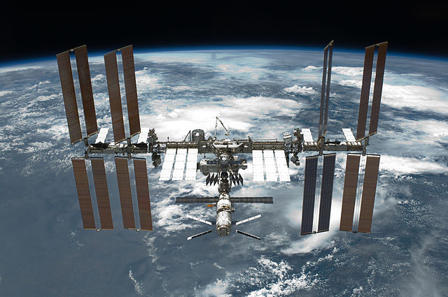 The International Space Station, to which China plans to launch a competitor in 2022.  (Image credit: NASA)