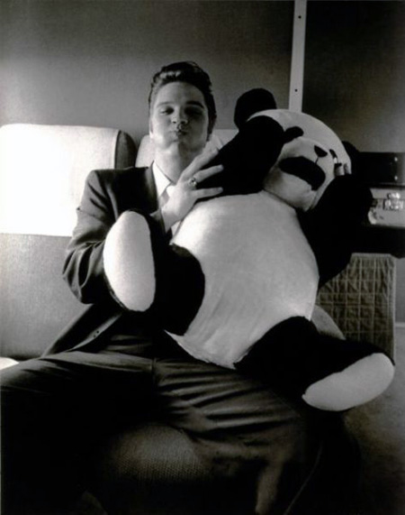 kenbau :     Elvis and a panda.