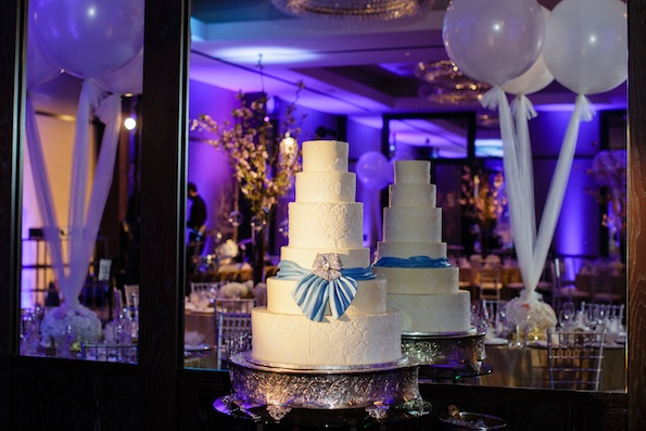 Jared Wade | Indianapolis LED Pin Spot Lighting | Cake