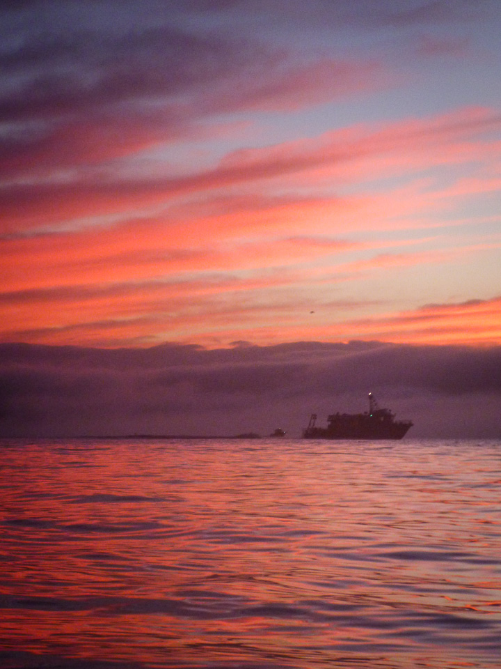 Photo #1, heading out the channel, Sunday, Sept. 29, 6:57 a.m.