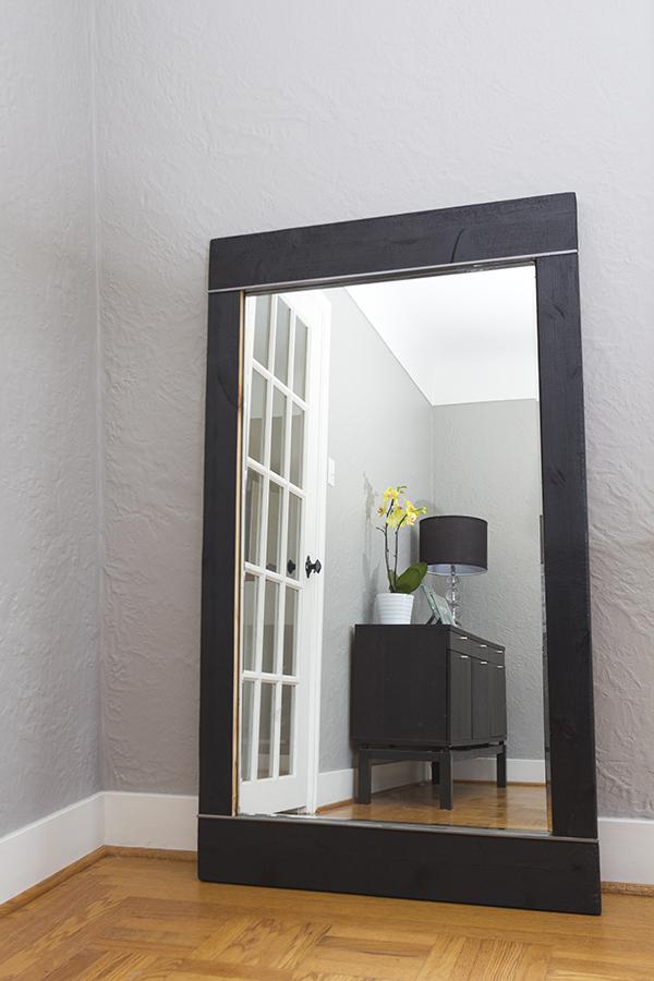 Agent Smolder Mirror