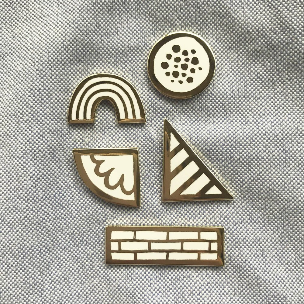 'Powers' pin set