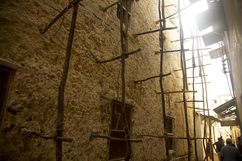 Wooden scaffolding, Lamu Town