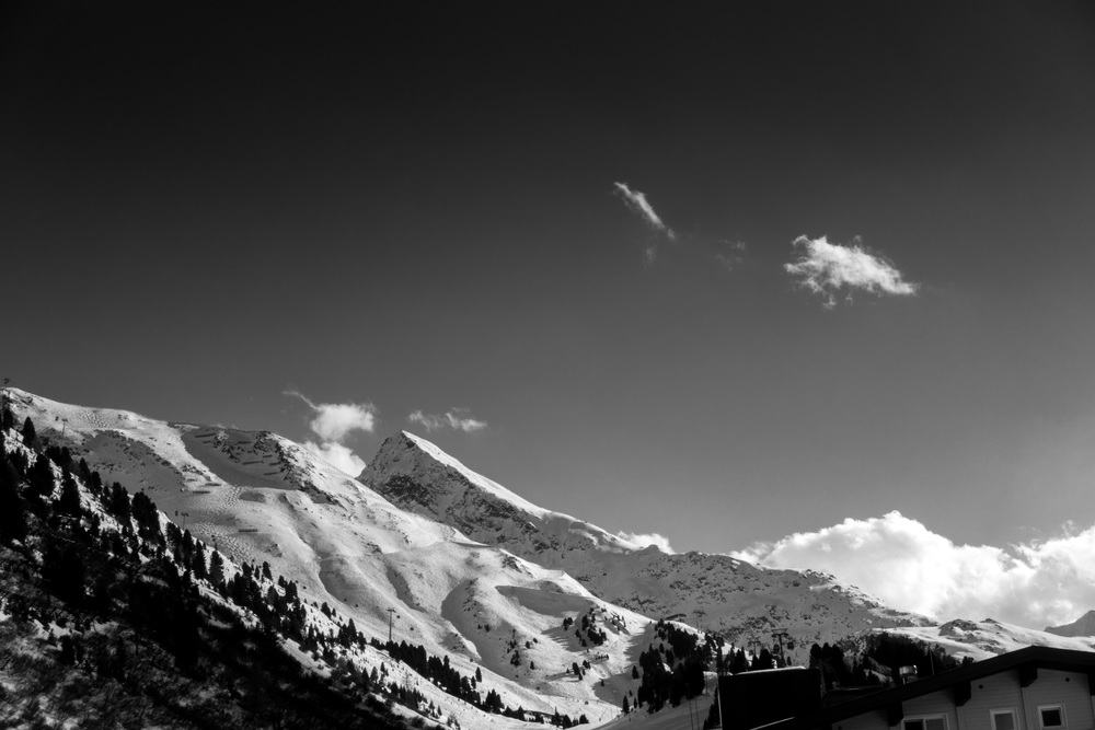 Obergurgl in Black and White.jpg