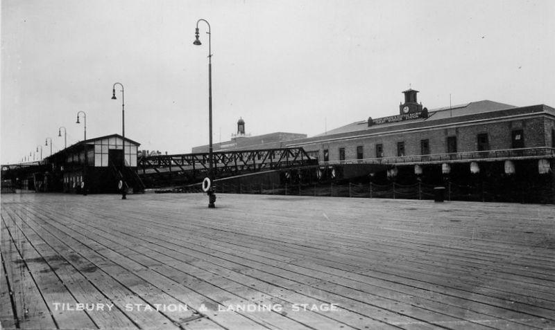 tilbury riverside railway station archive image.jpg
