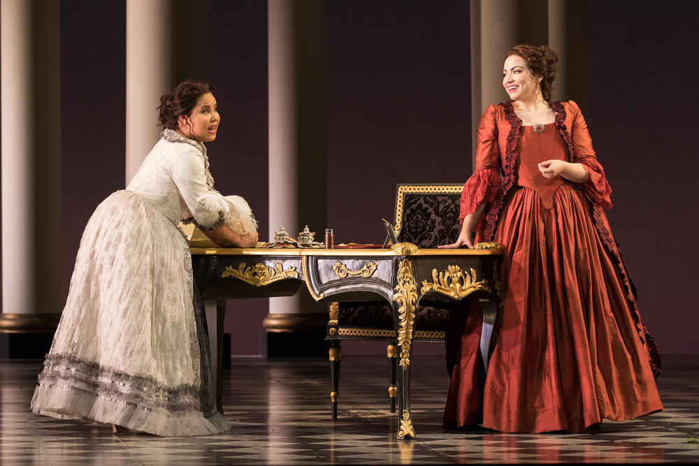 Ariana Wehr (Susanna) with Raquel Gonzalez (Contessa Almaviva) in Washington National Opera's 2016 Emerging Artist Production of Le Nozze di Figaro.                           Photo Credit: Scott Suchman.