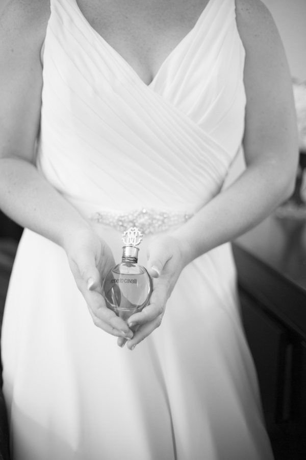 niagara-wedding-photographer-eva-derrick-photography-casablanca-winery-niagara-weddings-bride-groom-black-and-white-winter-wedding-photographers-wedding-gown-dress-bridal-dress-kleinfled-new-york-nyc-robert-cavalli-perfume-parfum-scents-photo.jpg