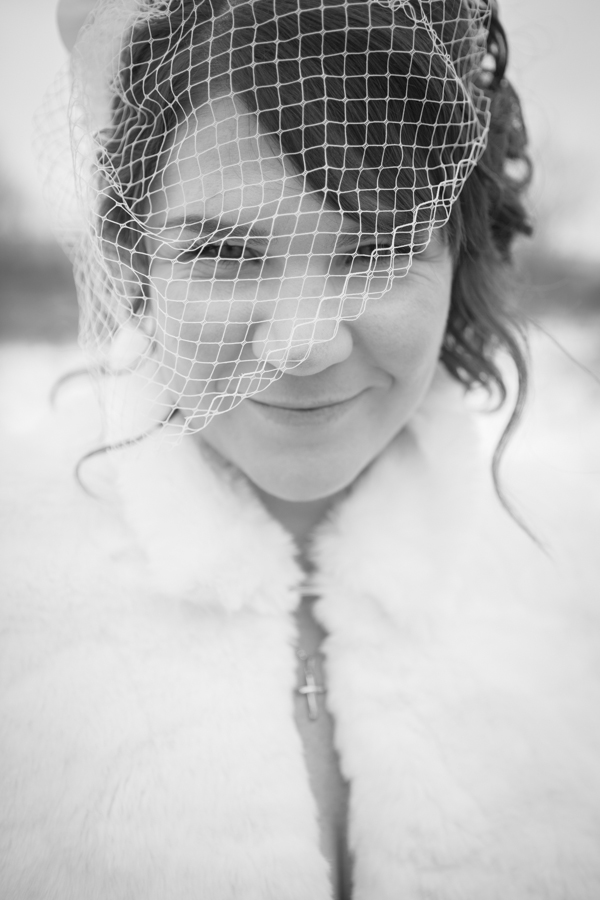 niagara-wedding-photographer-eva-derrick-photography-casablanca-winery-niagara-weddings-bride-groom-black-and-white-winter-wedding-photographers-bridal-portrait-vail-mesh-photo.jpg