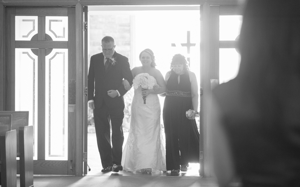 eva-derrick-photography-wedding-photo-winter-wedding-ravine-john-michaels-april-bride-groom-details-ceremony-church-scapular-reception-rustic-purple-photo.jpg