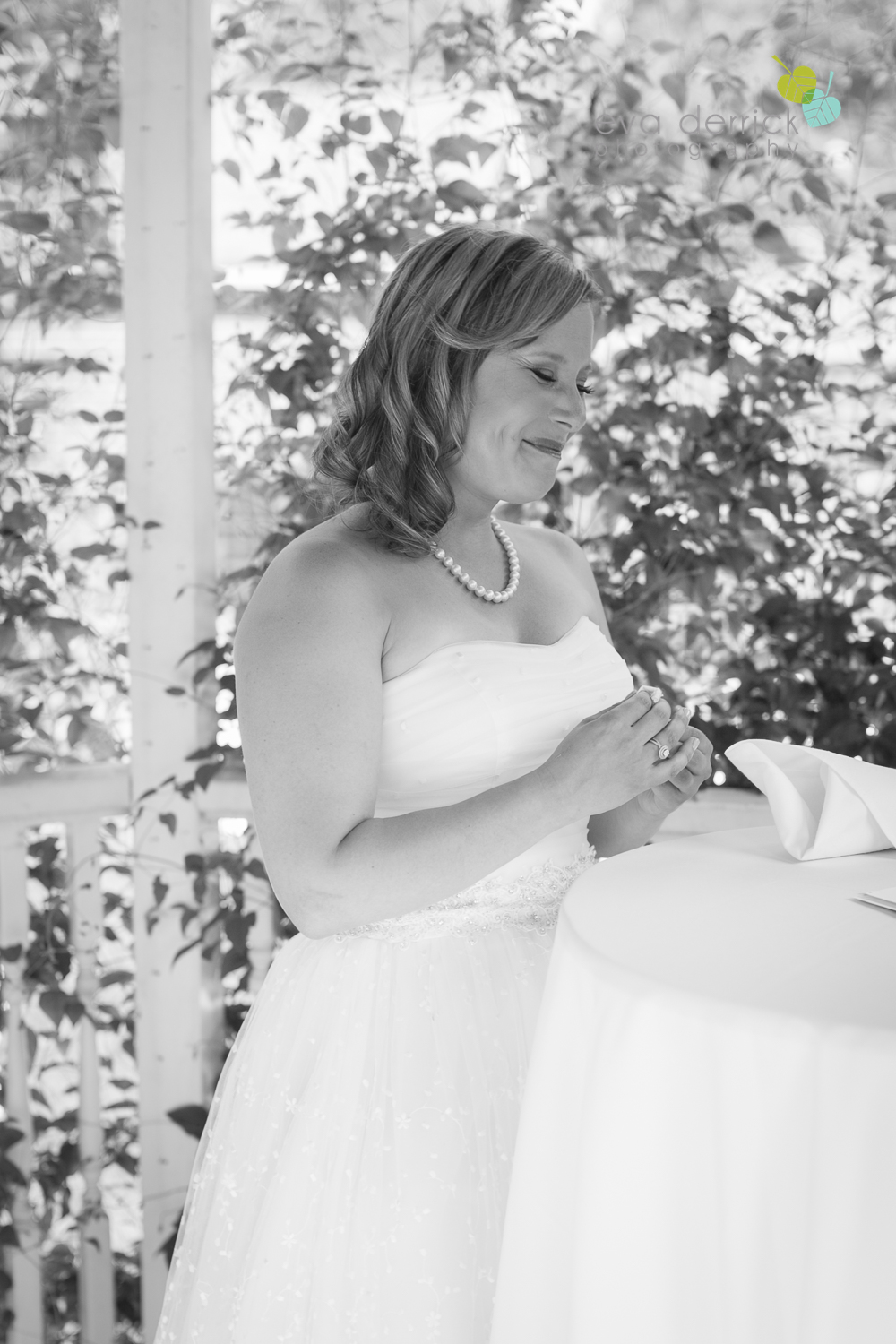 toronto-wedding-photographer-toronto-weddings-GTA-backyard-weddings-eva-derrick-photography-0310.jpg